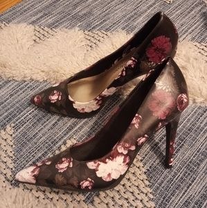 Christian Siriano for Payless floral heels size 7